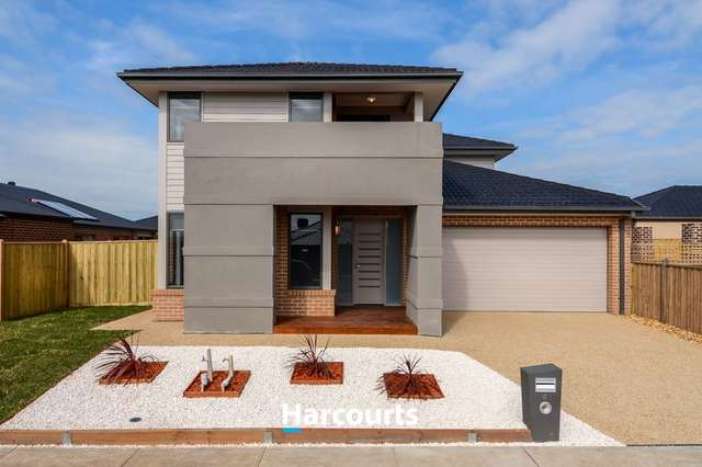4 Sackville Avenue, Clyde North VIC 3978