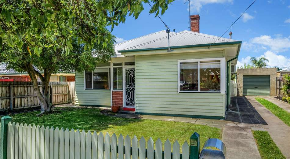 30 Osborne Avenue, North Geelong VIC 3215