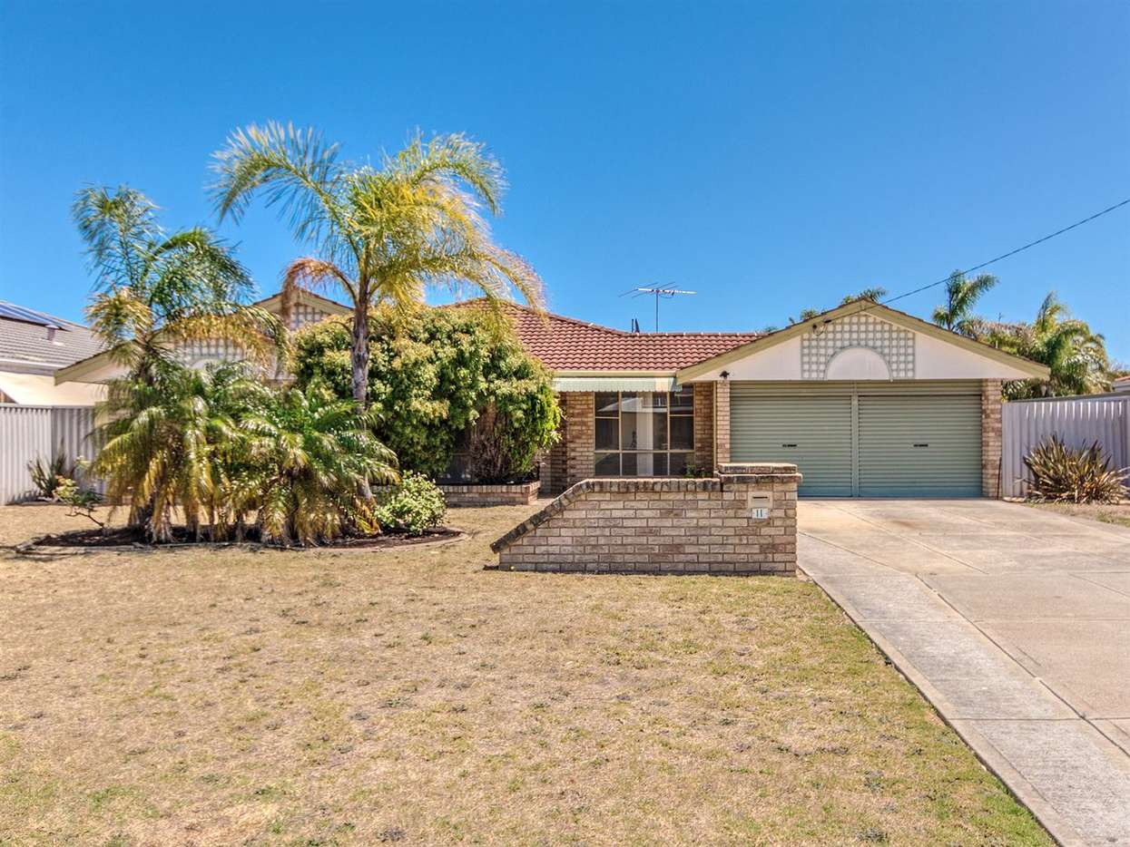 Main view of Homely house listing, 11 Minigwal loop, Waikiki, WA 6169