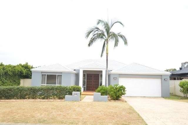 8 Zeller Crescent, Arundel QLD 4214