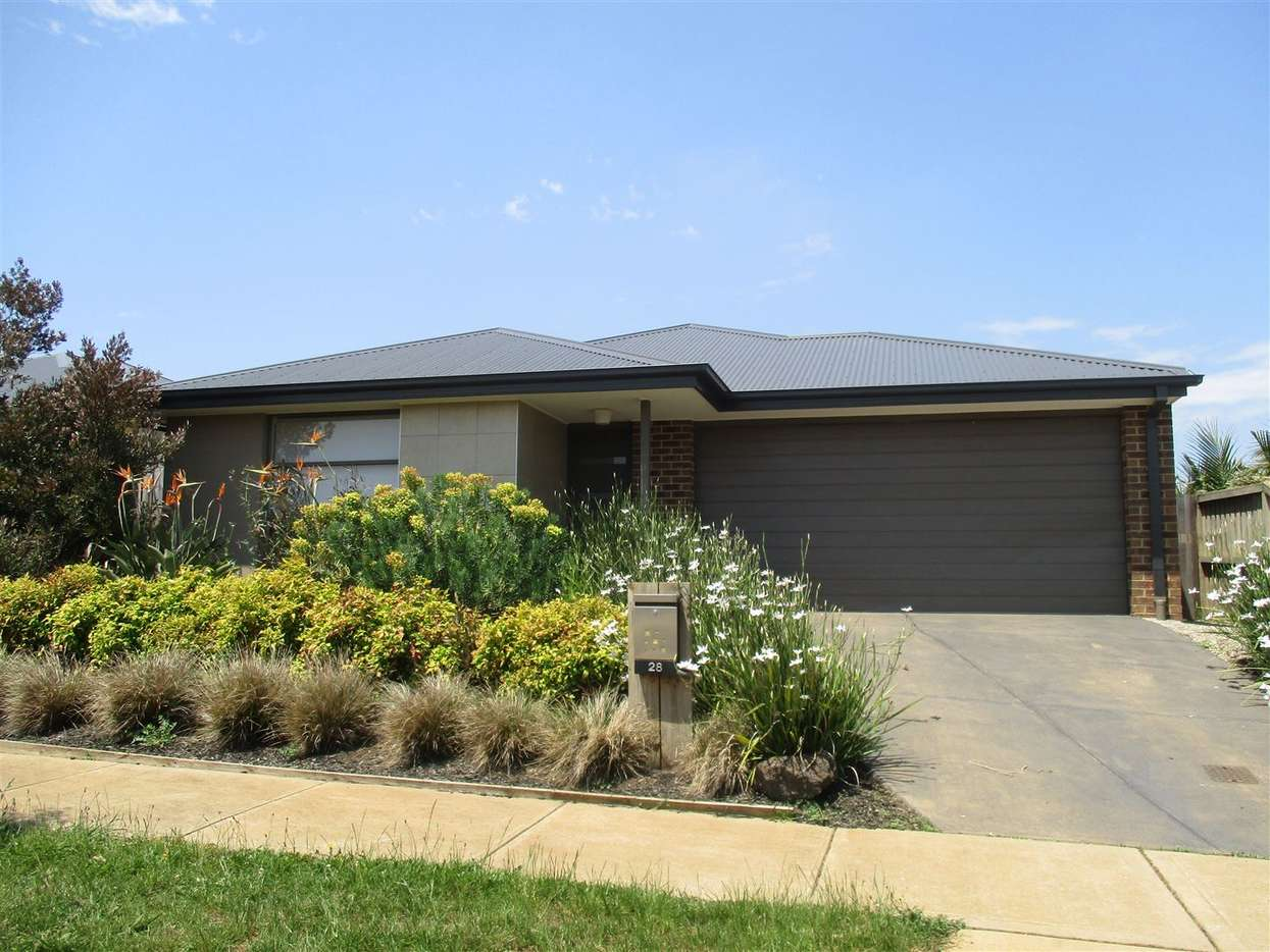 Main view of Homely house listing, 28 Skyline Drive, Warragul, VIC 3820