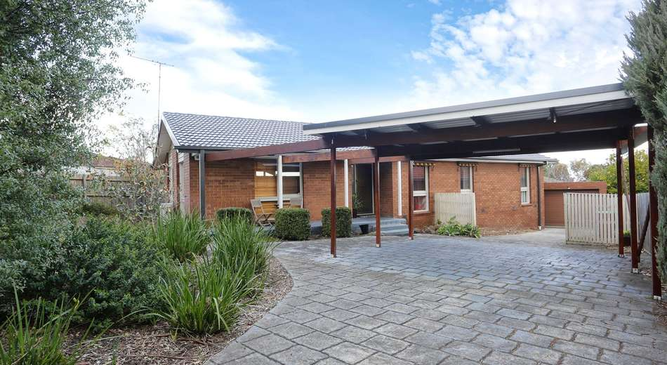 30 Charles Green Avenue, Endeavour Hills VIC 3802