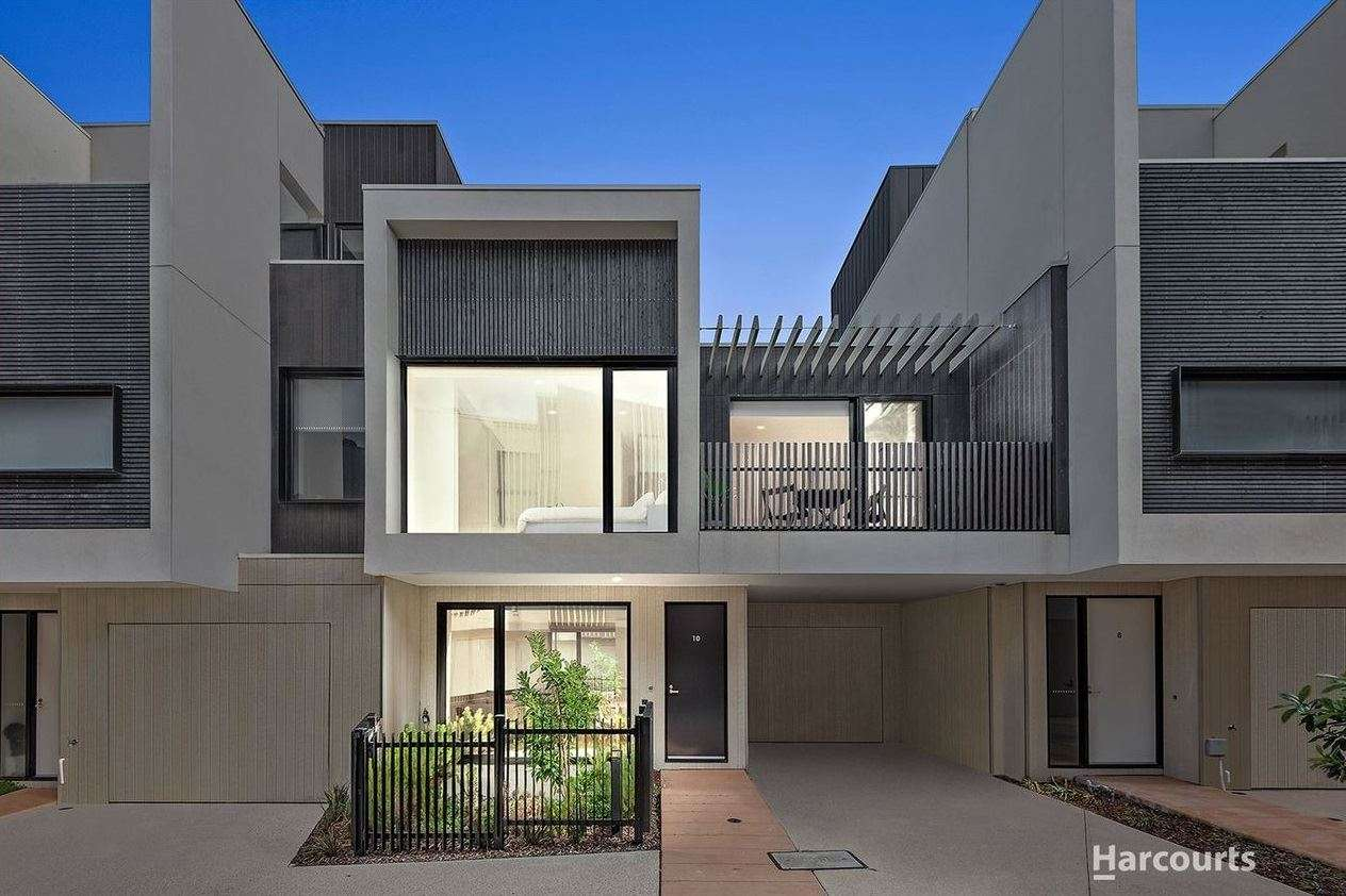 Main view of Homely townhouse listing, 34 Kokoda Place, Mordialloc, VIC 3195