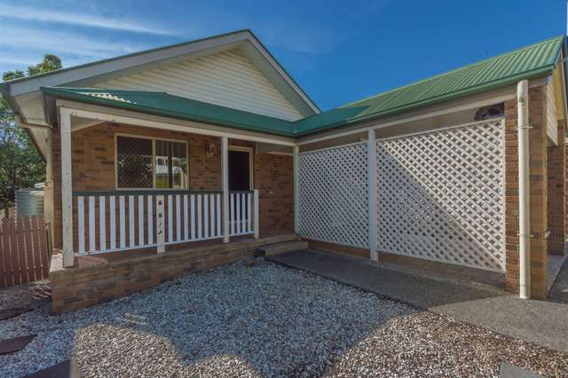 72 Stanley Road, Camp Hill QLD 4152