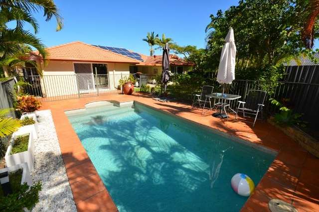 6 Tewantin Close, Parkwood QLD 4214