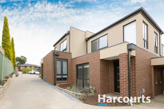 8 Moore Road, Hallam VIC 3803