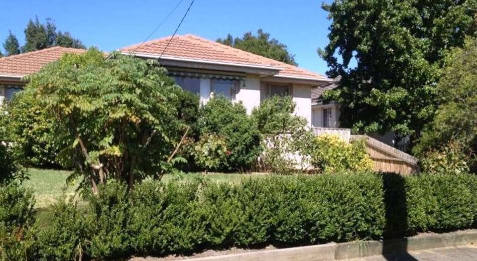 1/4 Dion Road