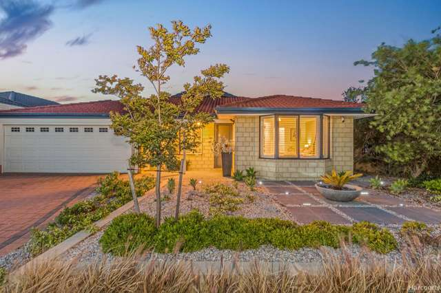 4 De Crillon Way, Currambine WA 6028