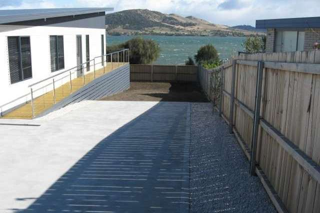 52 McKinly Street, Midway Point TAS 7171