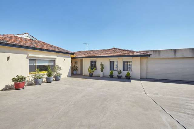 26 Forster Place, Munster WA 6166