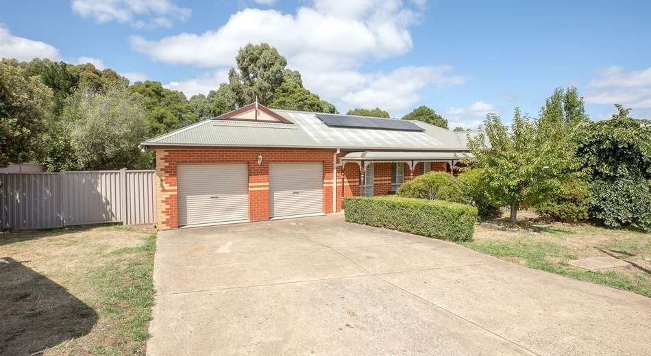 16 Park Lane, Mount Helen VIC 3350