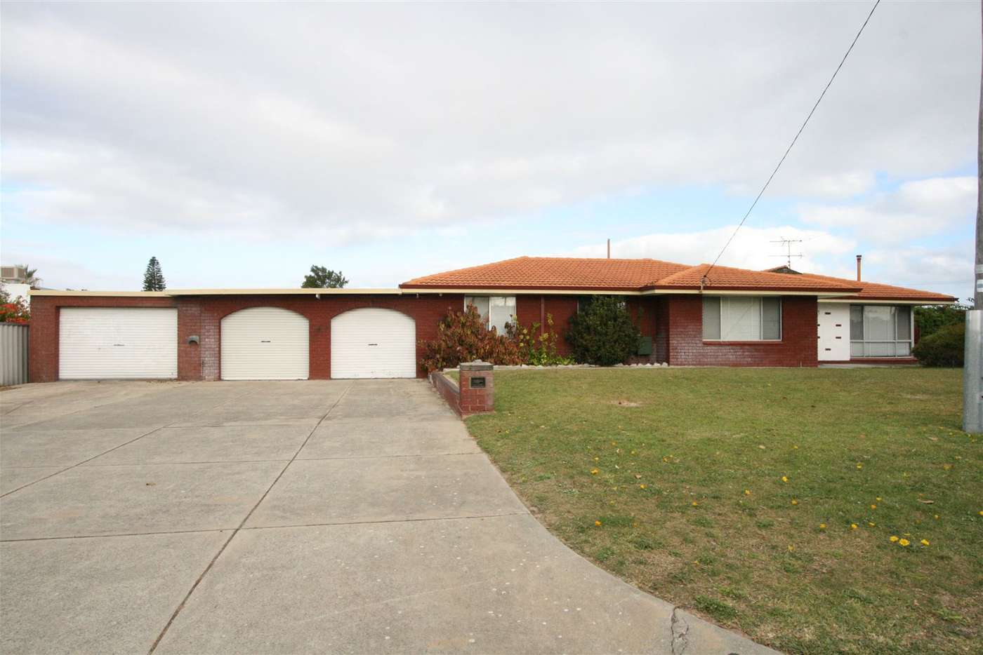 Main view of Homely house listing, 11 Coral Road, Safety Bay WA 6169