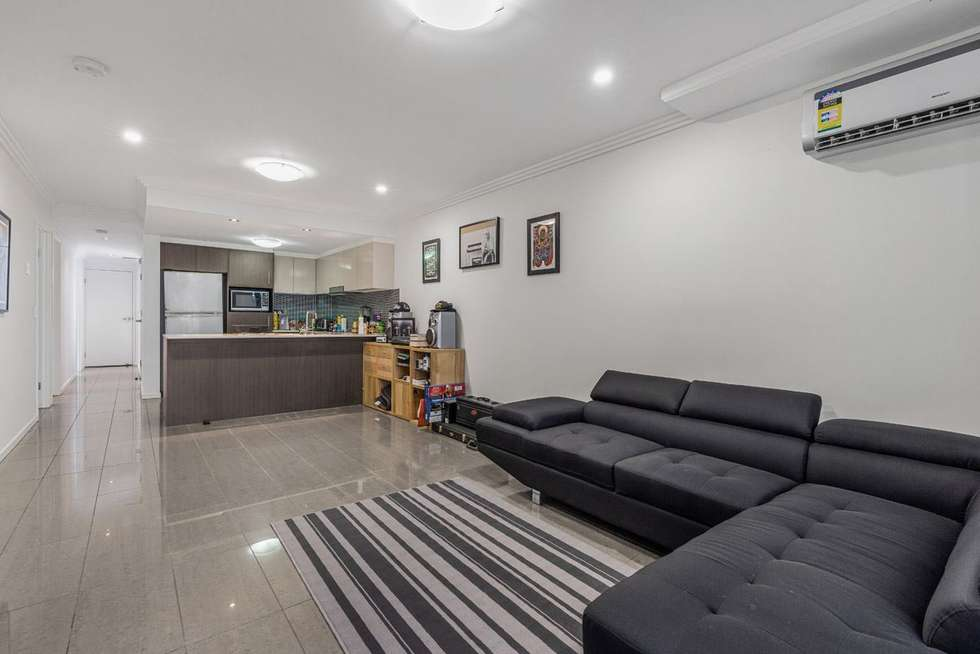 Second view of Homely apartment listing, 2/82 Grenfell Street, Mount Gravatt QLD 4122