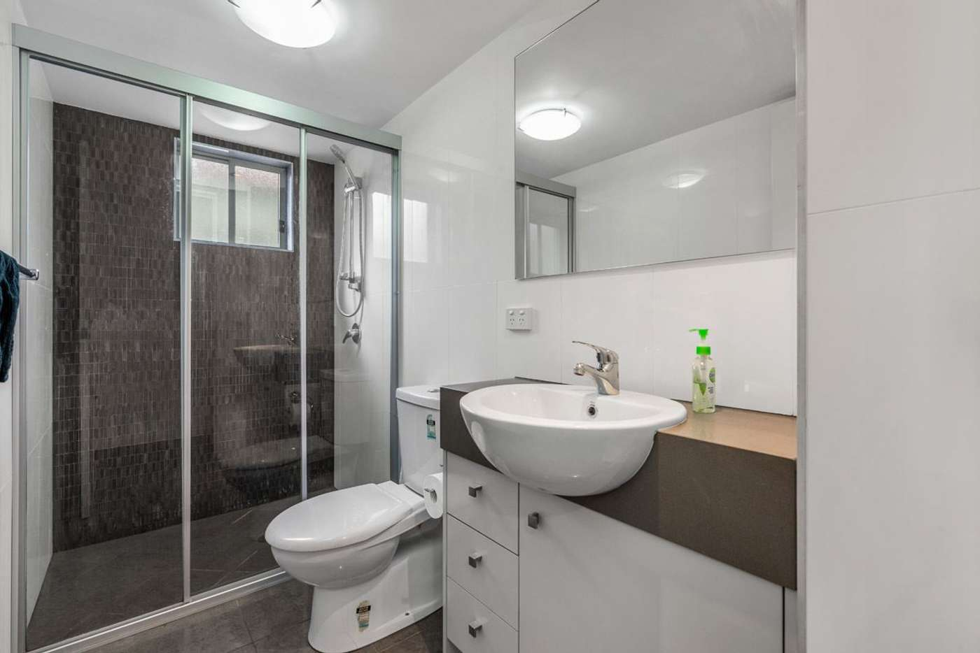 Sixth view of Homely apartment listing, 2/82 Grenfell Street, Mount Gravatt QLD 4122