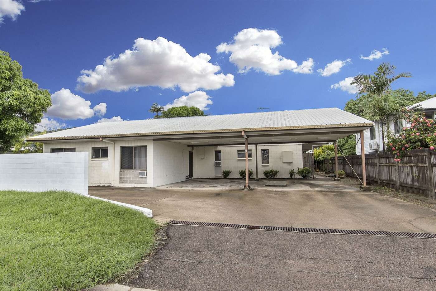 Main view of Homely blockOfUnits listing, 25 Henry Street, West End QLD 4810