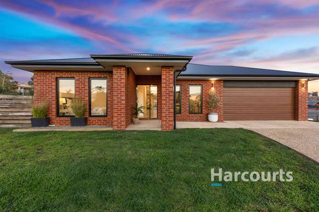 8 Greenfields Way, Mansfield VIC 3722