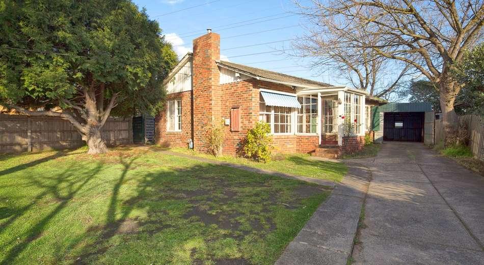 28 Johnson Drive, Glen Waverley VIC 3150