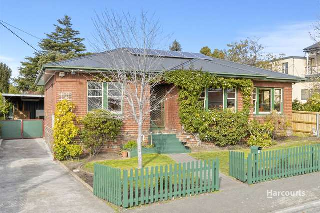3 Woodlands Avenue, New Town TAS 7008