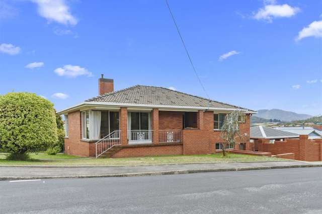 42 Golf Links Road, Geilston Bay TAS 7015