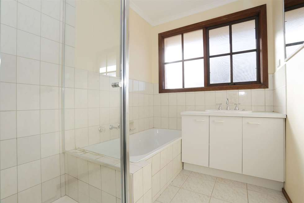 Fifth view of Homely unit listing, 1/32 Lee Avenue, Mount Waverley VIC 3149