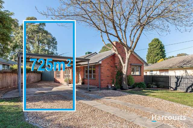 16 Allister Close, Knoxfield VIC 3180