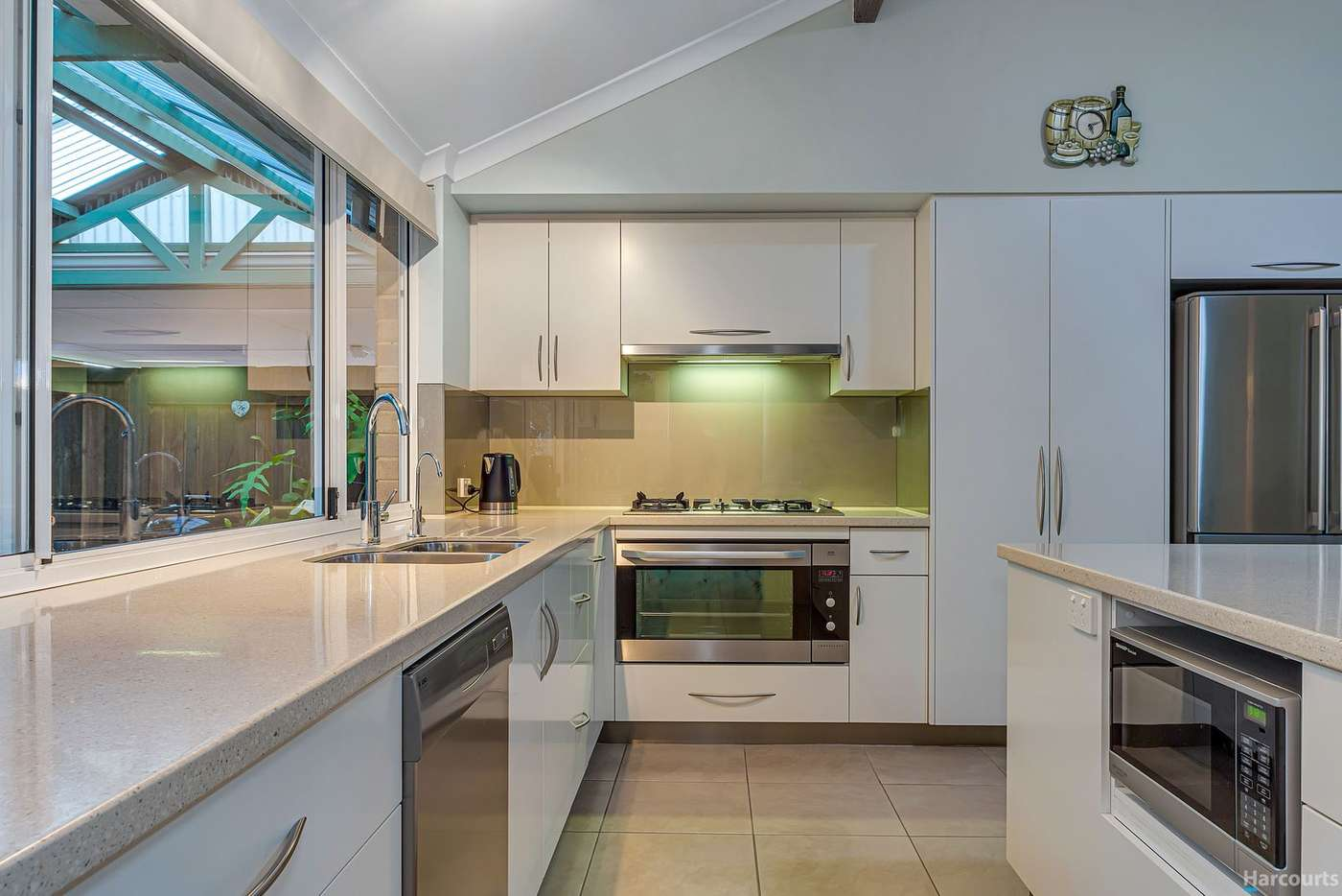 Seventh view of Homely house listing, 8 Ashburn Vista, Currambine WA 6028