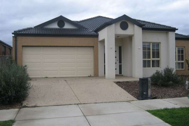 35 Flinders Park Drive, Officer VIC 3809