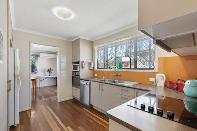 319 Boat Harbour Drive, Scarness QLD 4655