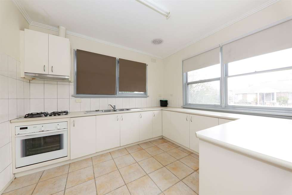 Fourth view of Homely unit listing, 1/5 Kuebler Street, Glen Waverley VIC 3150