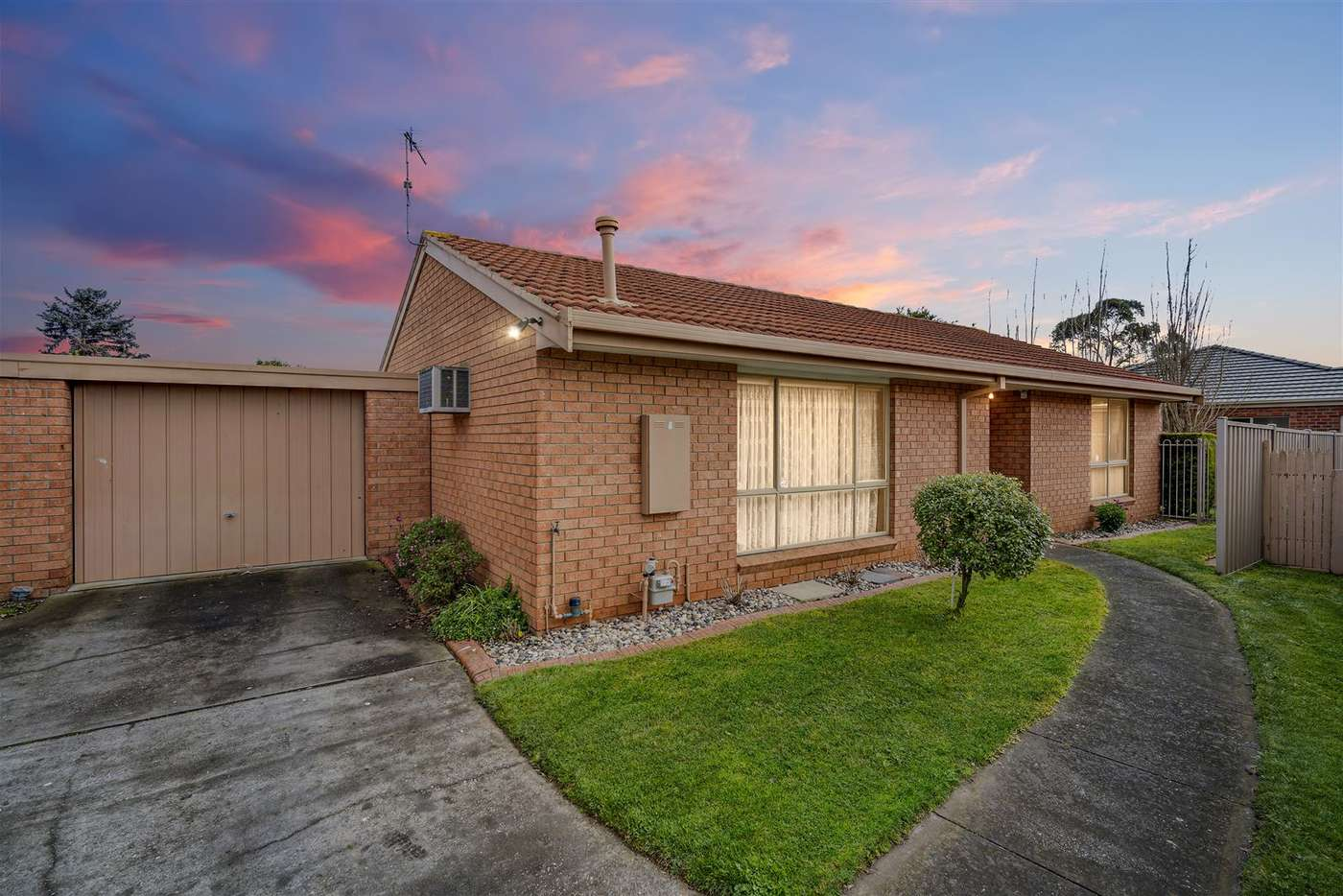 Main view of Homely unit listing, 5/12-14 Rowlands Street, Sebastopol VIC 3356