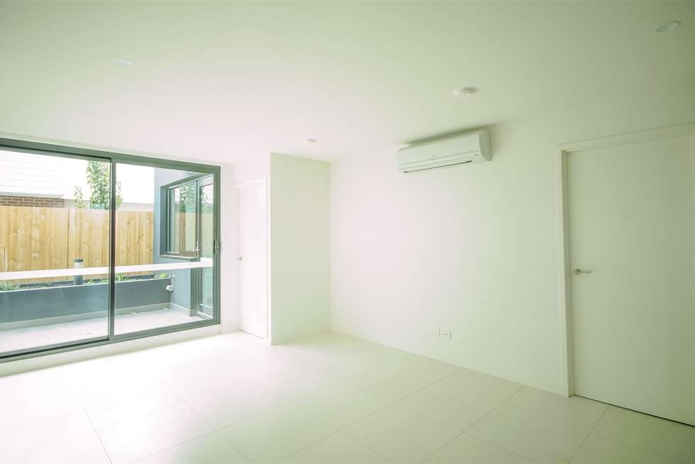 Fourth view of Homely apartment listing, 6/14 Eleanor Street, Footscray VIC 3011