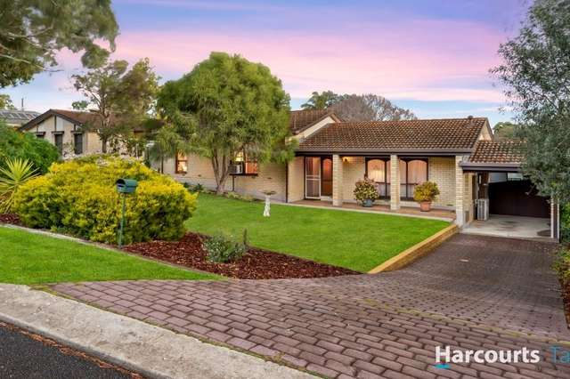 1 Oakridge Close, Aberfoyle Park SA 5159