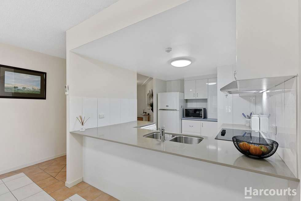 Third view of Homely unit listing, 6/397 Esplanade, Torquay QLD 4655