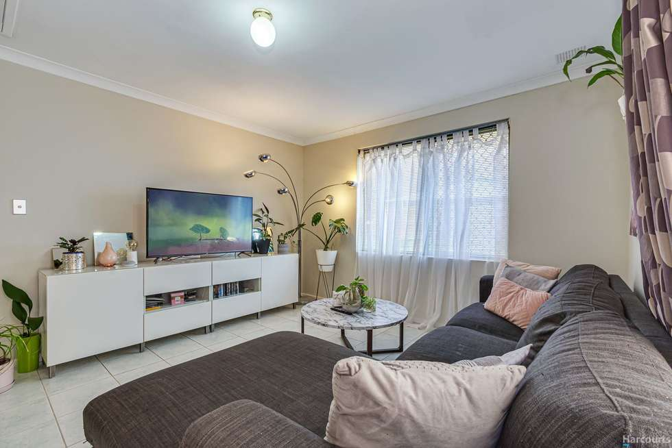Fifth view of Homely house listing, 2 Thornton Retreat, Kinross WA 6028