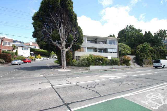2/1 Fisher Avenue, Sandy Bay TAS 7005
