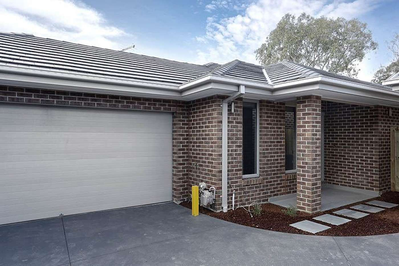 Main view of Homely unit listing, 2/48 Headingley Road, Mount Waverley VIC 3149