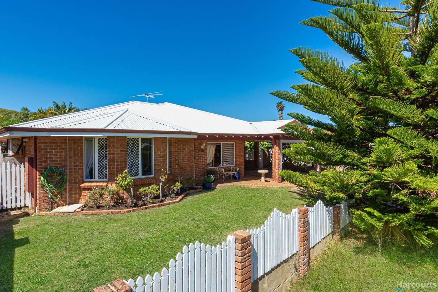 Main view of Homely house listing, 4 Lapwing Rise, Currambine WA 6028