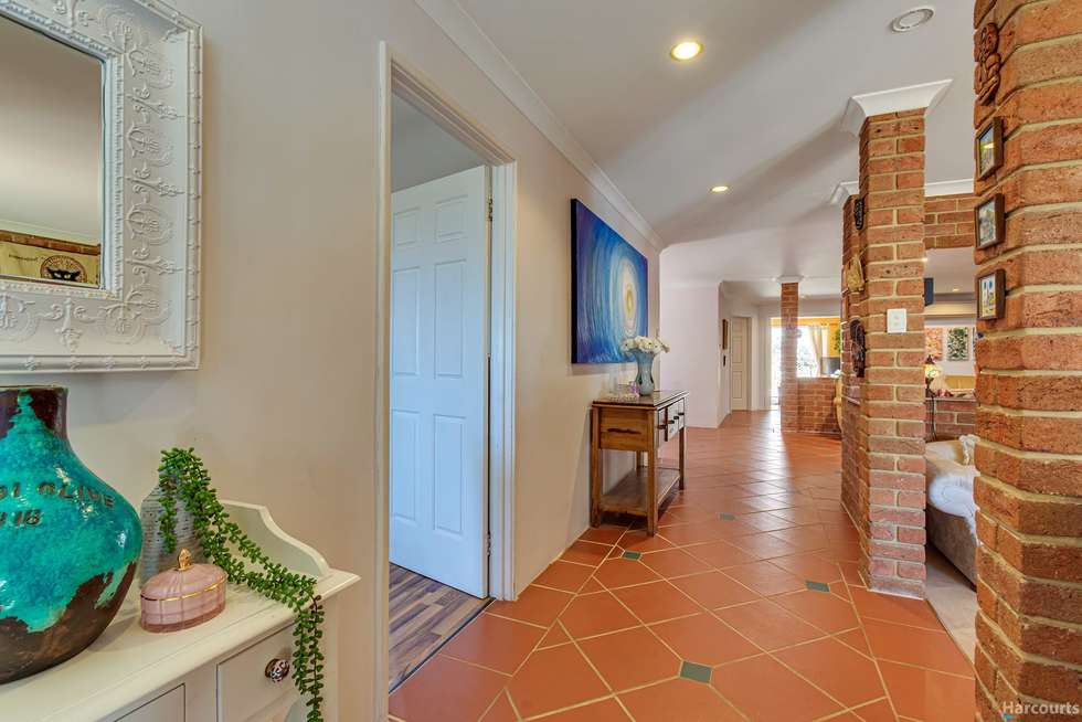 Fifth view of Homely house listing, 4 Lapwing Rise, Currambine WA 6028