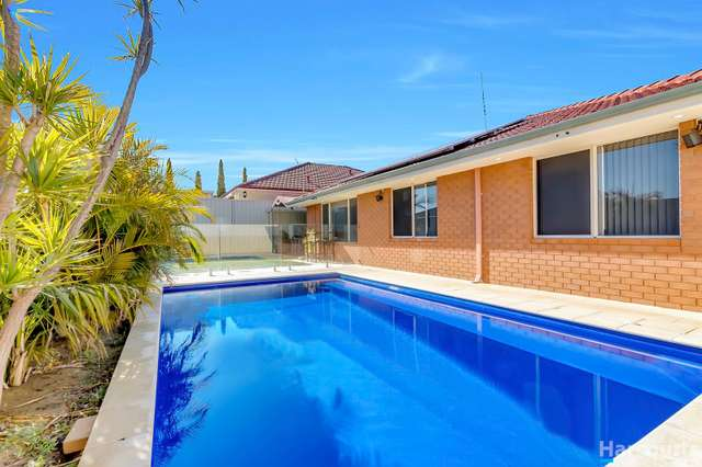 9 Brantwood Approach, Hocking WA 6065