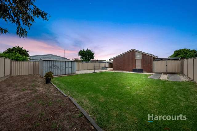 2 Barnes Crescent, Sunshine West VIC 3020