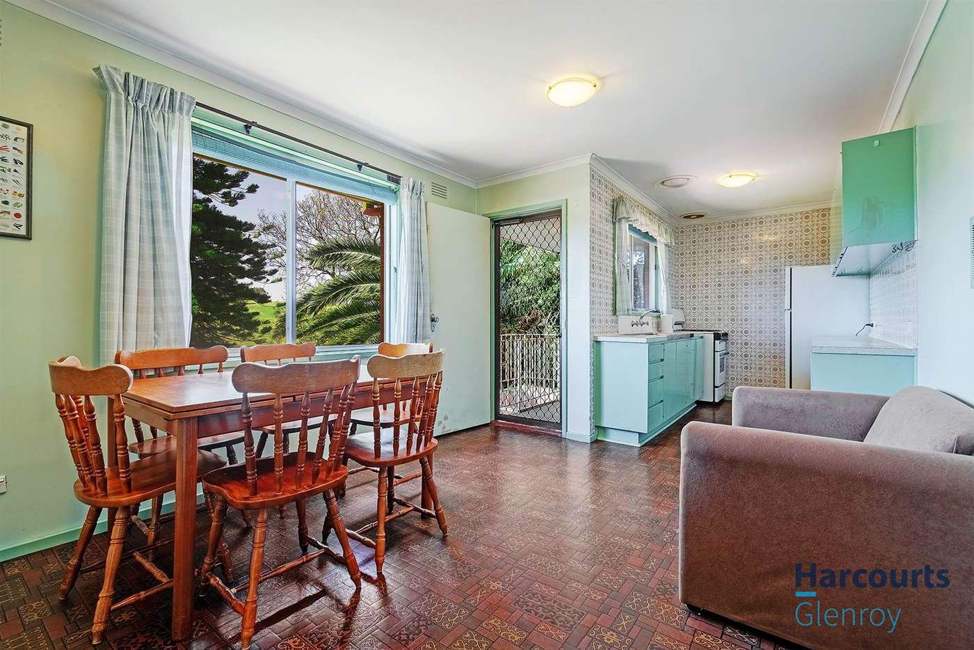 Fifth view of Homely house listing, 76 Erinbank Crescent, Westmeadows VIC 3049