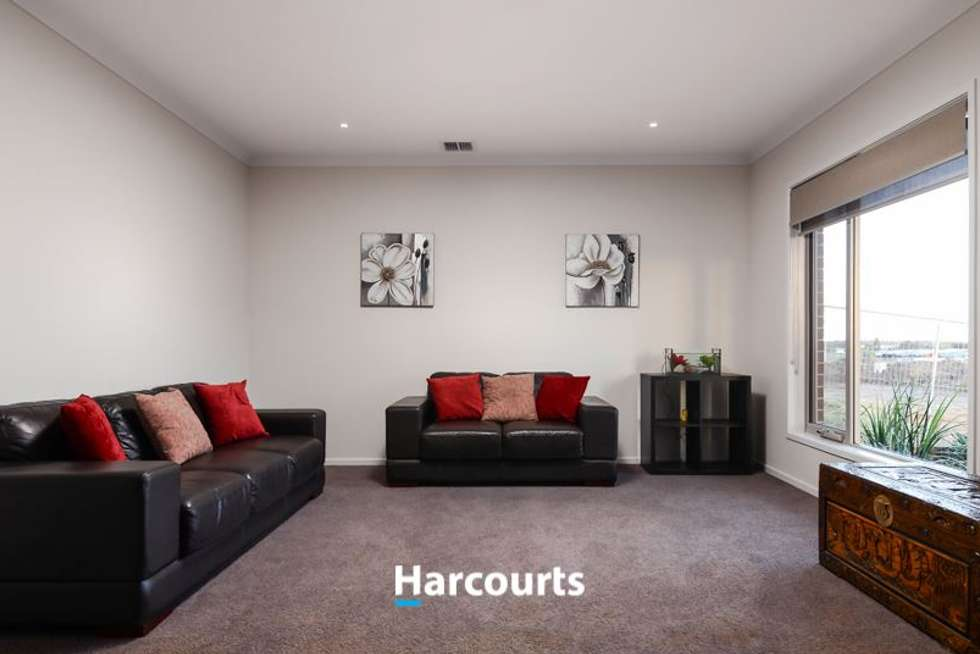 Fifth view of Homely house listing, 8 Graziers Crescent, Clyde North VIC 3978