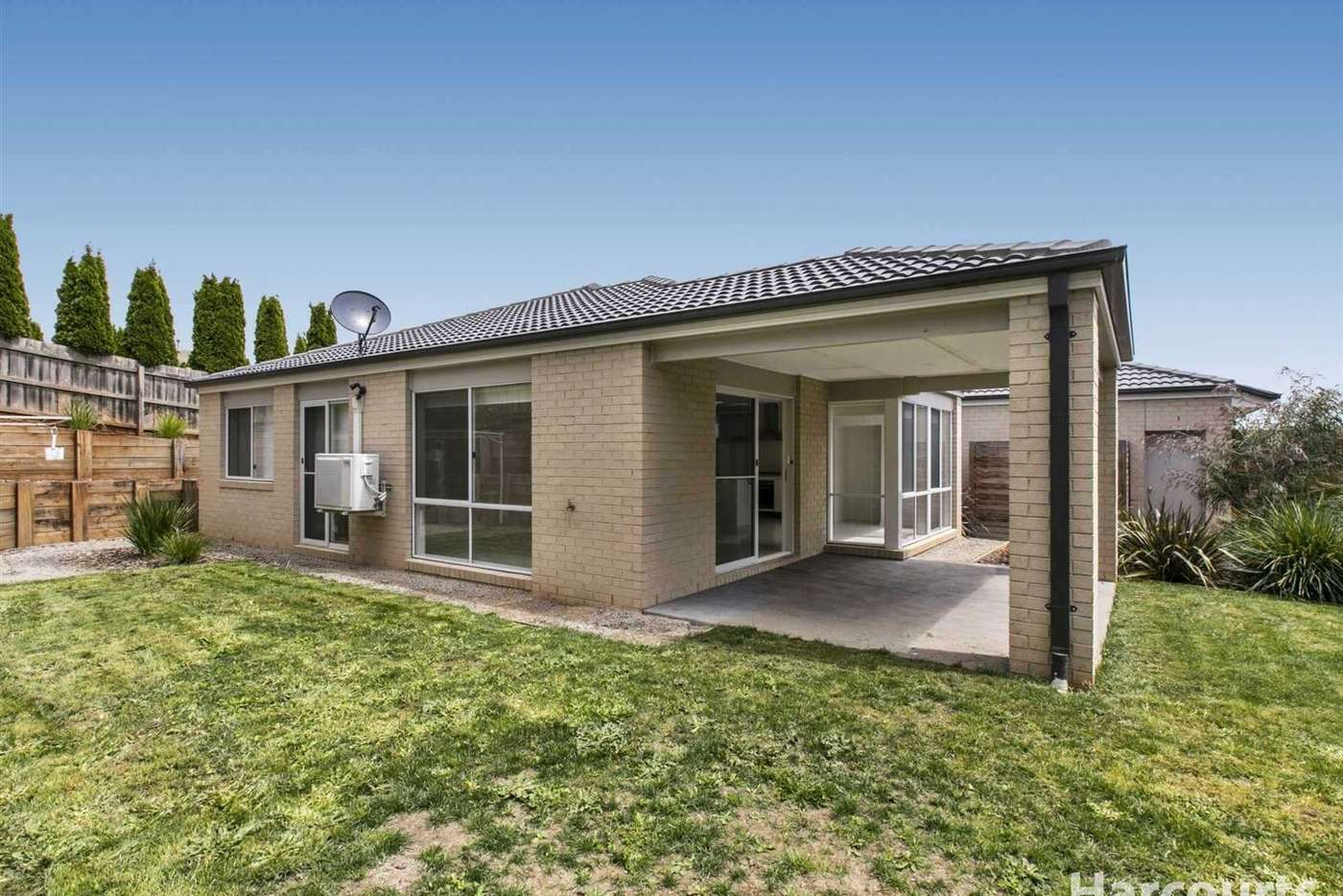 Seventh view of Homely house listing, 11 Emma Close, Drouin VIC 3818