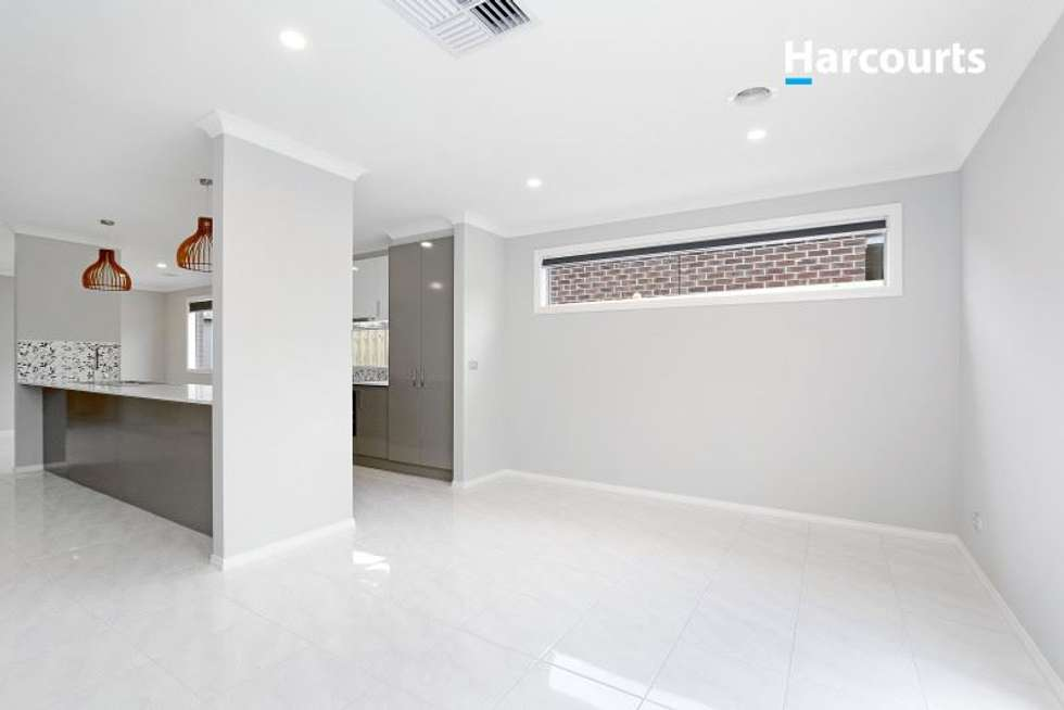 Second view of Homely house listing, 21 Limonium Crescent, Lyndhurst VIC 3975