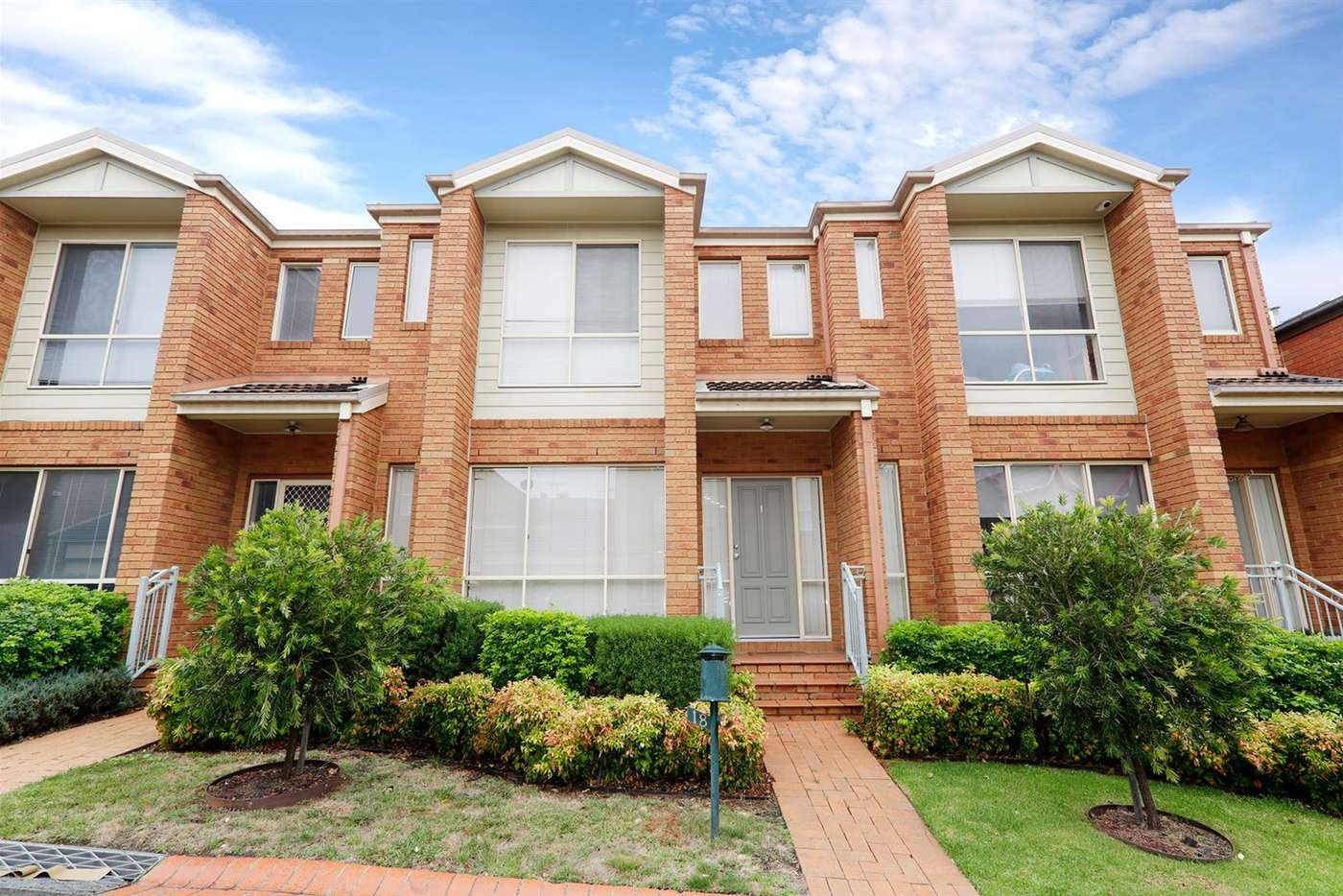 Main view of Homely house listing, 18 Larkspur Circuit, Glen Waverley VIC 3150