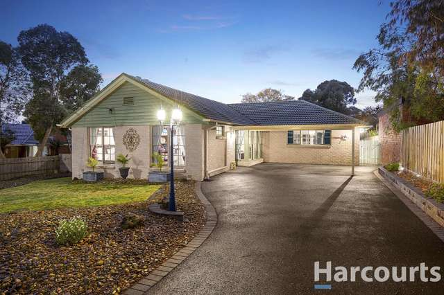 33 Baldwin Avenue, Boronia VIC 3155