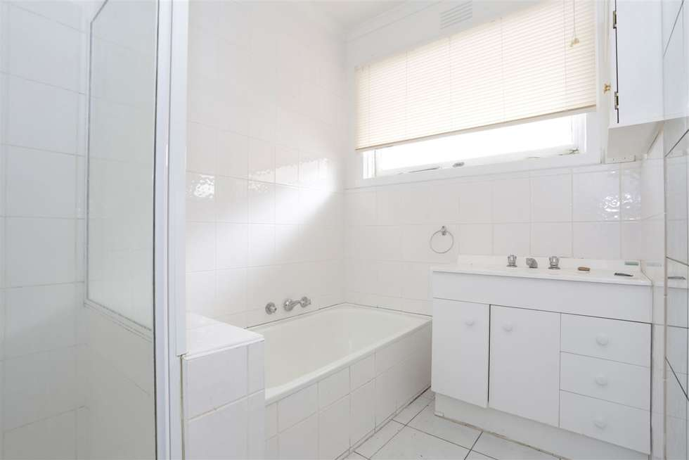 Fourth view of Homely house listing, 15 Damon Road, Mount Waverley VIC 3149