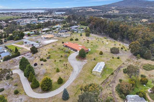 25585 Tasman Highway