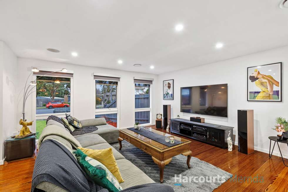 Second view of Homely house listing, 8 Trentham Court, Thomastown VIC 3074