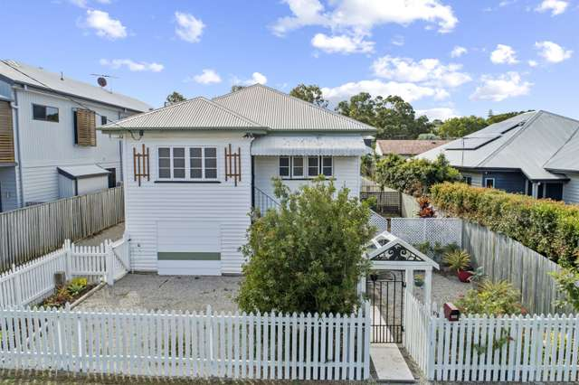 16 Maggs Street, Wavell Heights QLD 4012